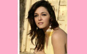 Actress Nauheed Cyrusi